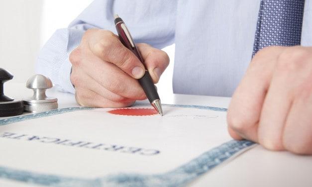 """מידע חשוב לבוגרי לימודי משפטים: 7 שלבים עיקריים לקבלת הסמכת עו""""ד בארה""""ב"""